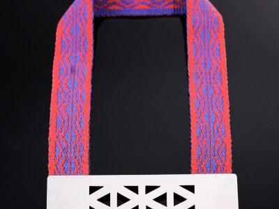 collar-montana-banda-diseno-fortaleza-y-azul 2